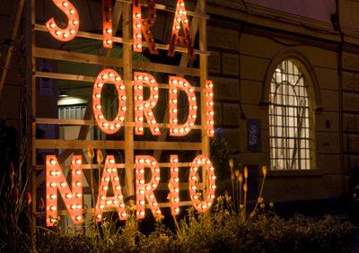 ORDINARIO/STRAORDINARIO temporary installation in a parking lot